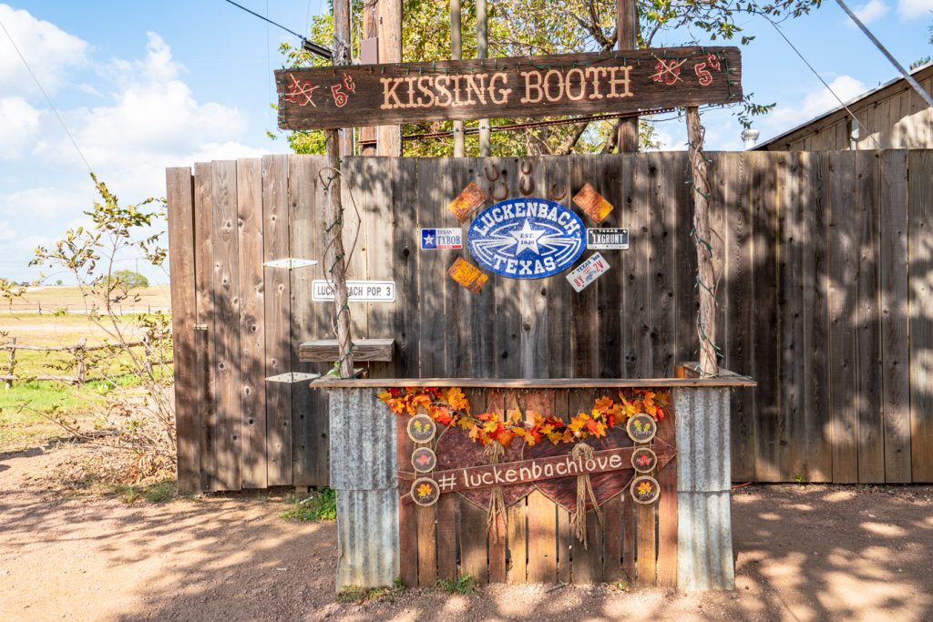 luckenbach kissing booth decorated for fall