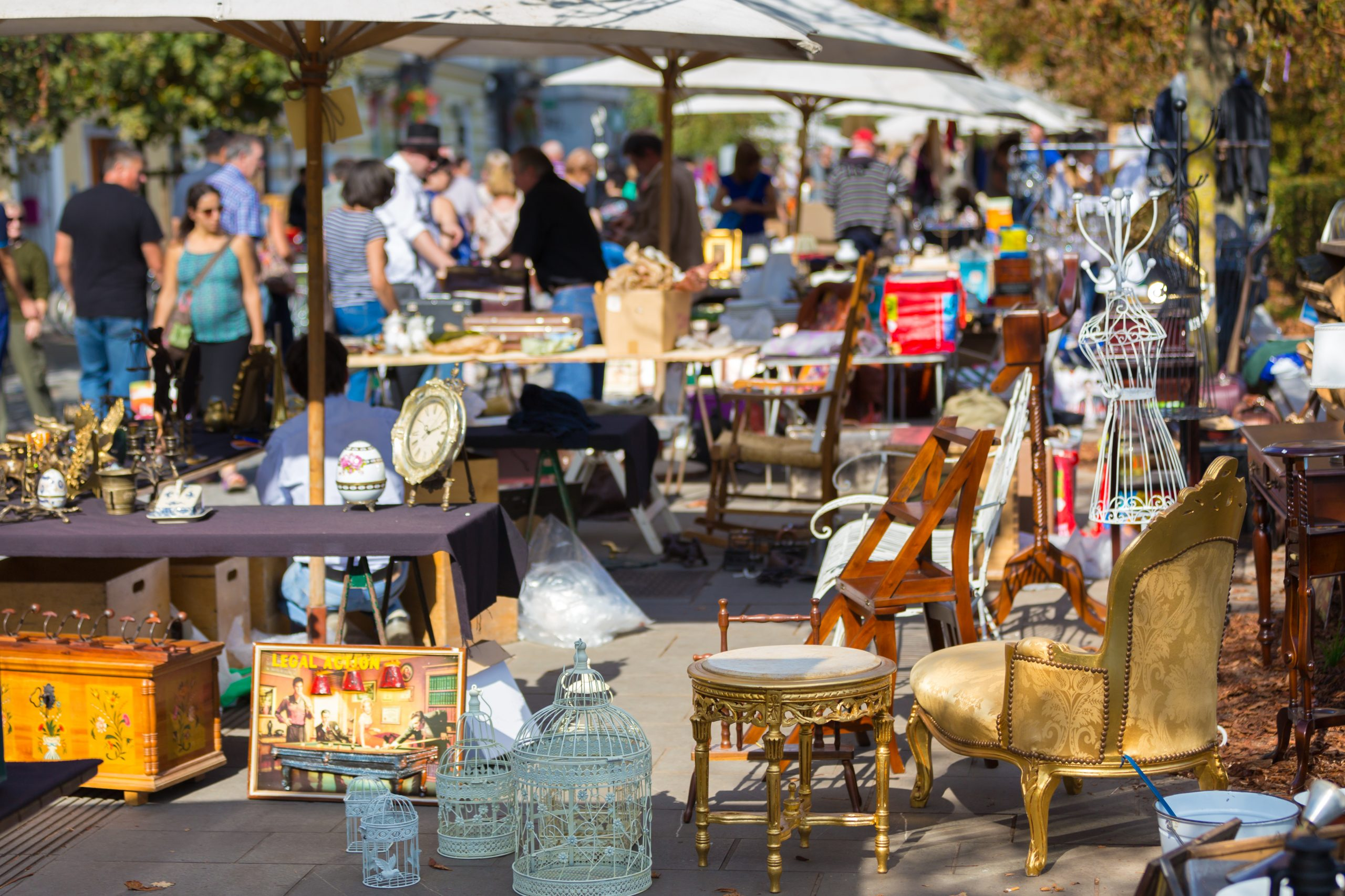 busy outdoor market selling furniture and other goods--texas trade days are perfect for finding hidden treasures!