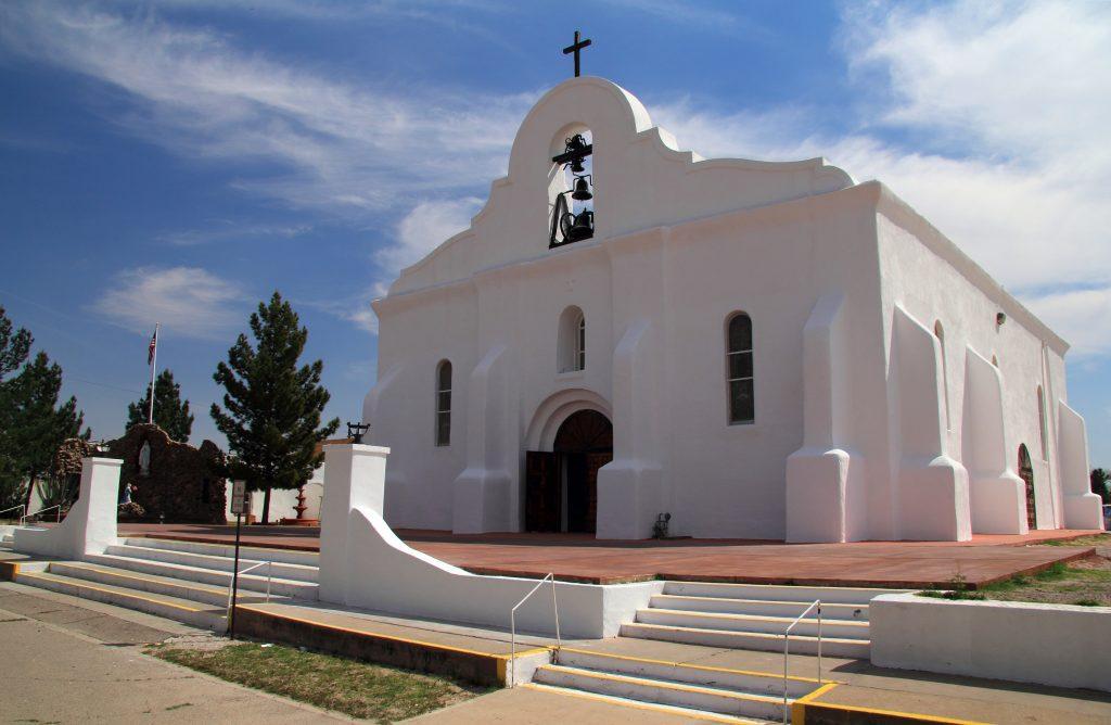 white chapel in el paso texas