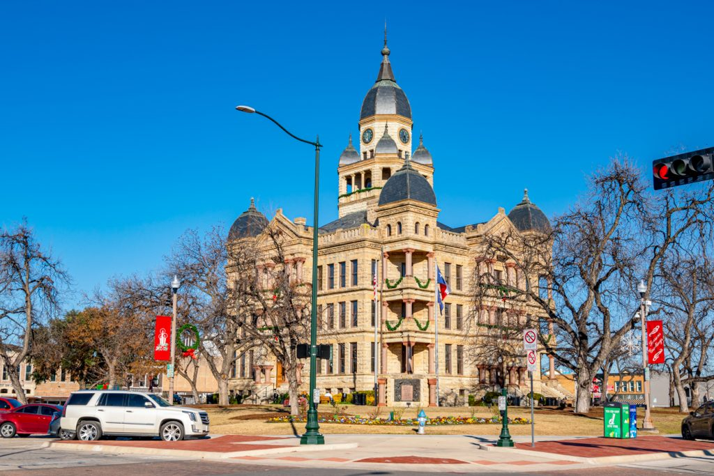 denton county courthouse, one of the best places to visit in denton tx
