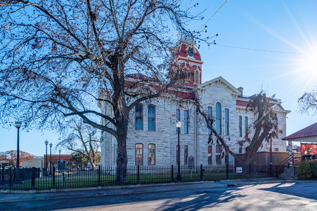 lampasas county courthouse on a winter day
