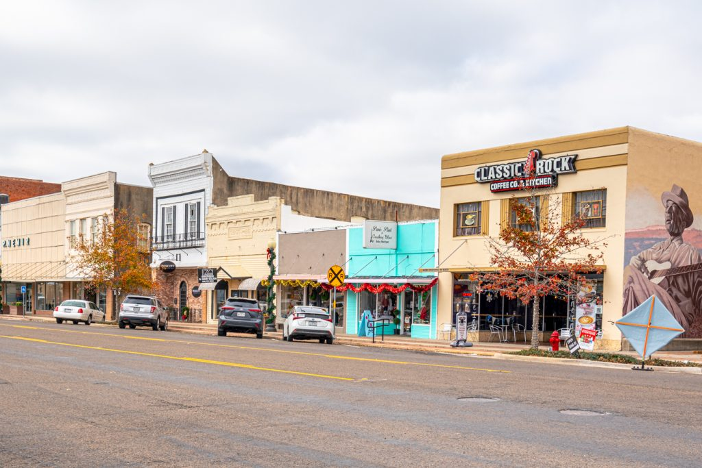 photo of downtown navasota texas along washington ave, one of the best things to do in navasota tx