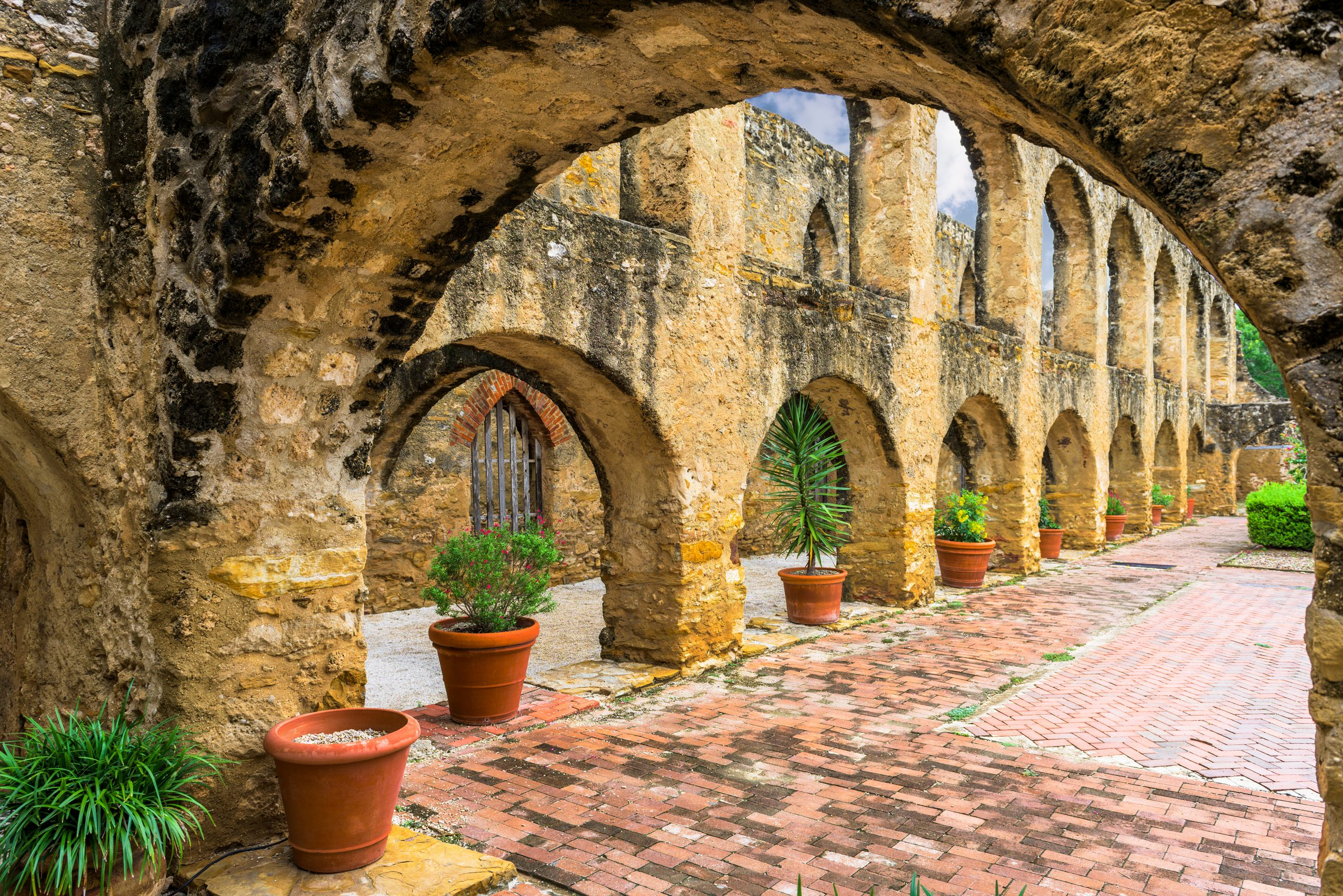 photo of walkway in mission san jose, one of the best historical sites in texas