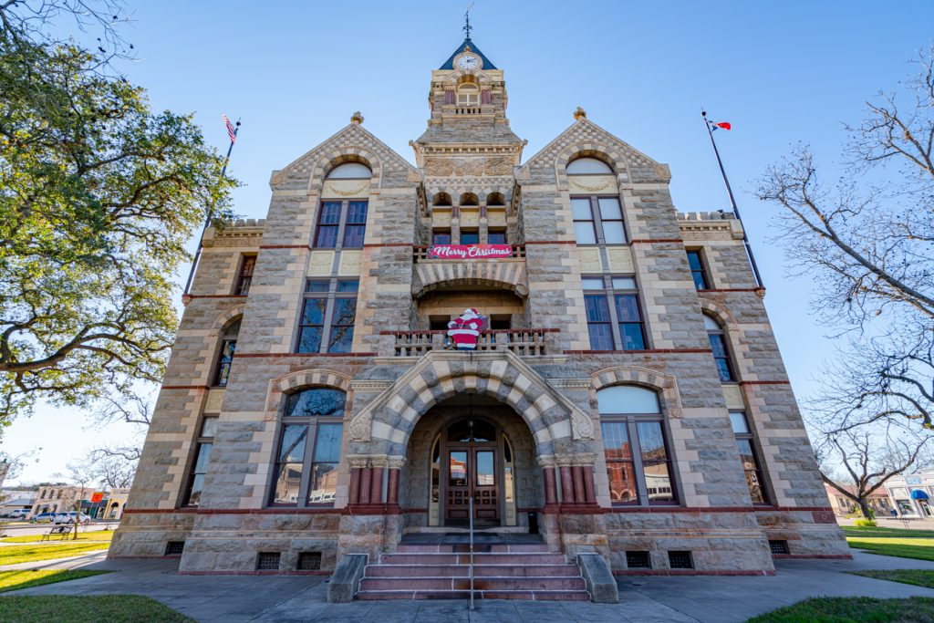 front facade of fayette county courthouse, one of the best la grange things to do