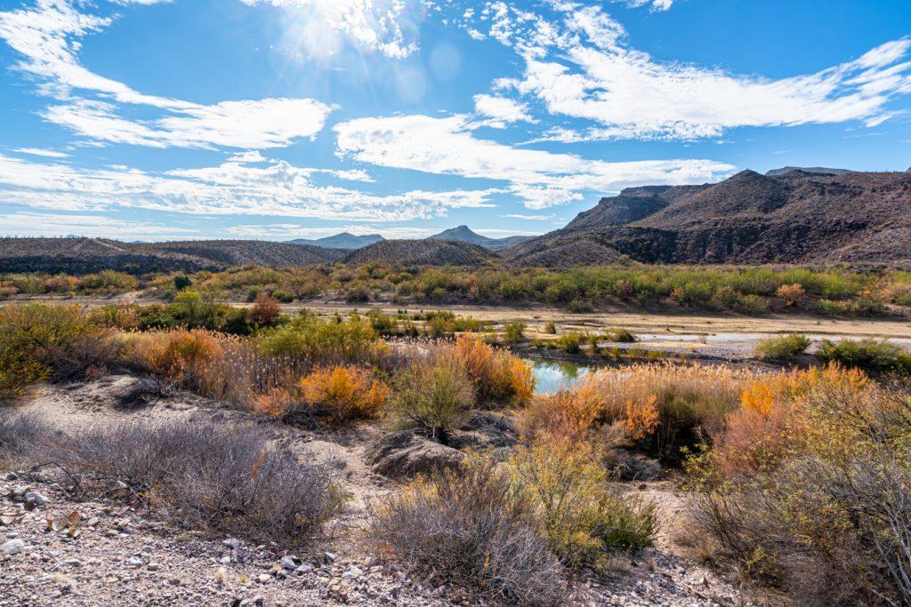 chihuahuan desert landscape in big bend texas