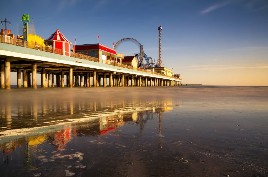 galveston historic pleasure pier, one of the fun things to do in south texas