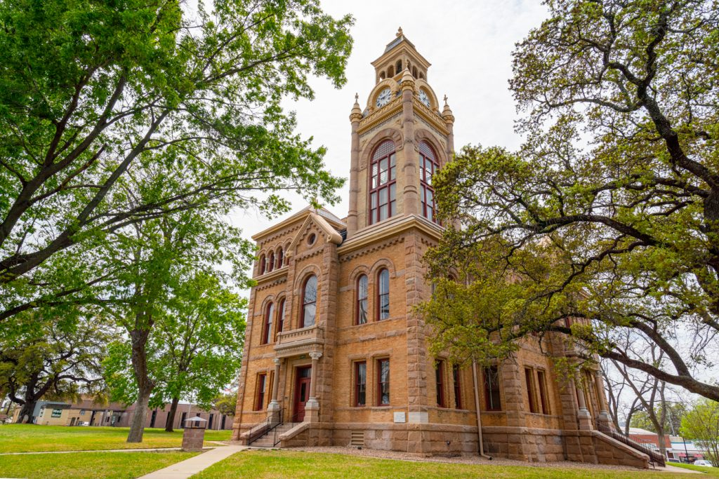 llano county courthouse as seen from a corner