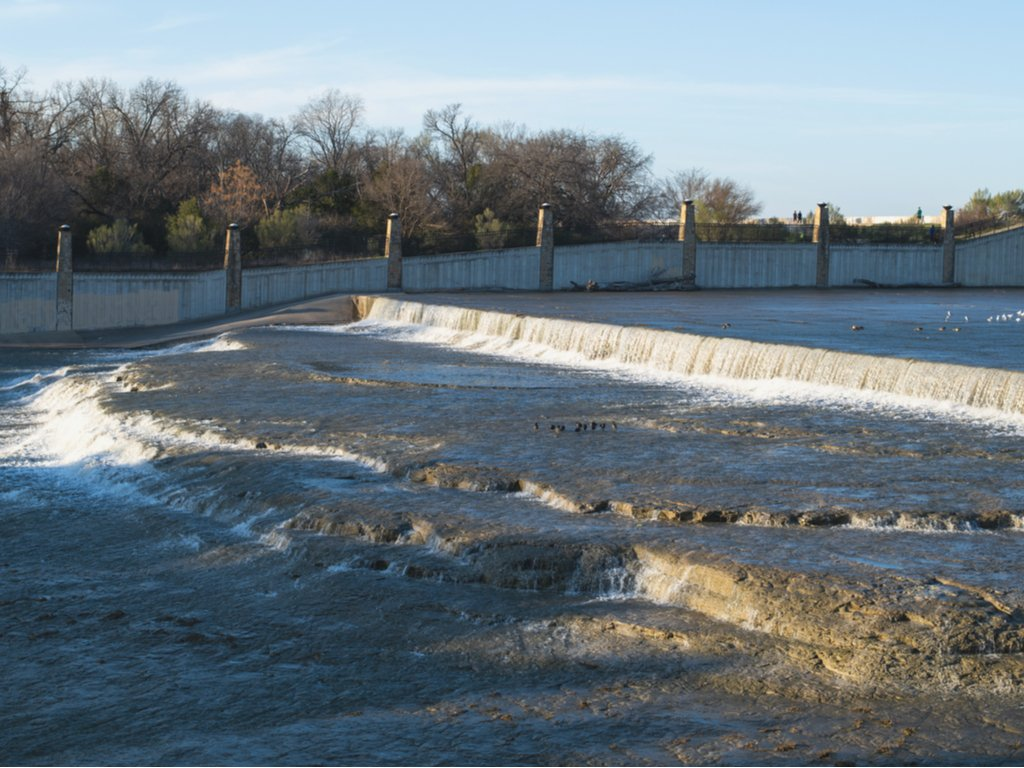 white rock lake spillway, one of the waterfalls in dallas texas