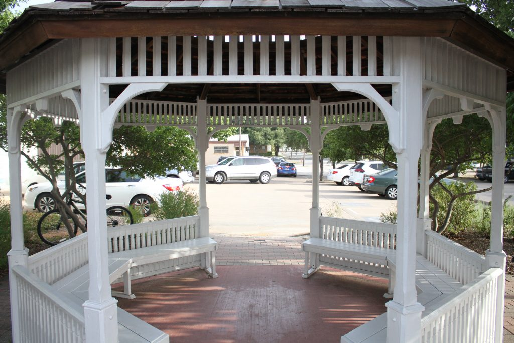 frisco main street gazebo, one of the best places to visit in frisco tx